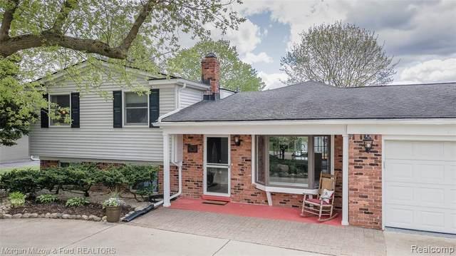 187 Glenburnie Drive, Village Of Clarkston, MI 48346 (#2210033439) :: Real Estate For A CAUSE