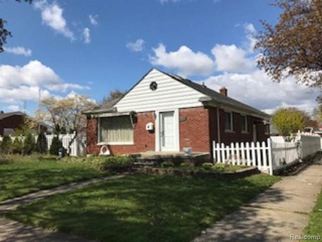 8315 Dale Street, Dearborn Heights, MI 48127 (#2210033573) :: The Alex Nugent Team | Real Estate One