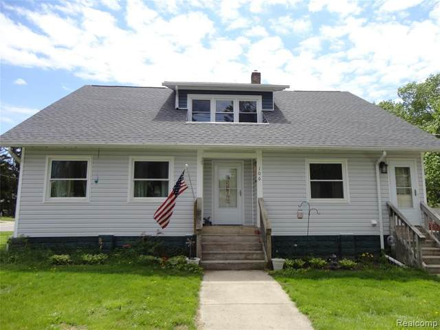 106 E Sherman Street, Holly Vlg, MI 48442 (#2210033708) :: Real Estate For A CAUSE
