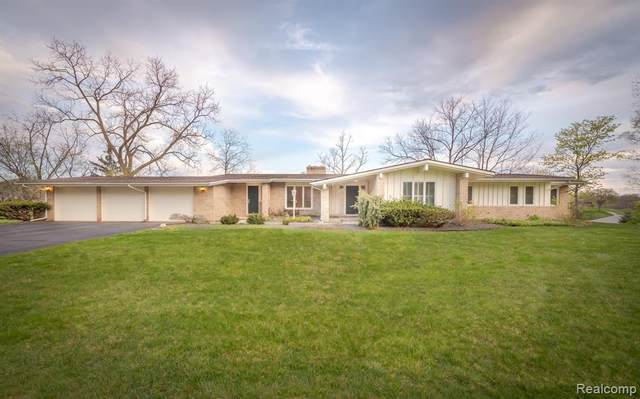 1595 Northlawn Boulevard, Bloomfield Twp, MI 48009 (#2210033754) :: Real Estate For A CAUSE
