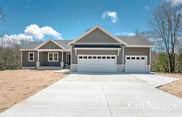 5499 Heritage Ridge Drive, Fruitland Twp, MI 49461 (#71021016322) :: Novak & Associates