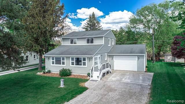 13414 North Lake Road, Dexter Twp, MI 48137 (#2210033838) :: GK Real Estate Team