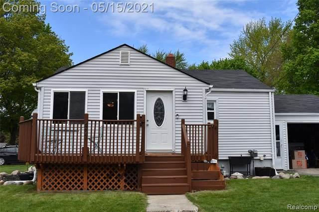 407 Third Street, Fenton, MI 48430 (#2210033851) :: Real Estate For A CAUSE