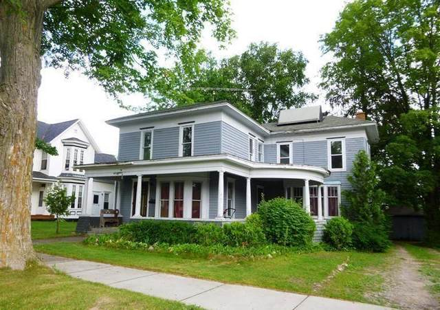 318 W Upton Avenue, Reed City, MI 49677 (#72021016358) :: Novak & Associates