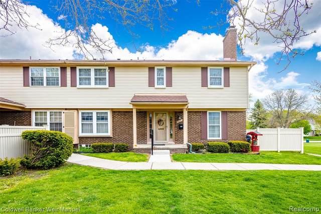 21047 E Glen Haven Circle, Novi, MI 48167 (#2210033915) :: Real Estate For A CAUSE