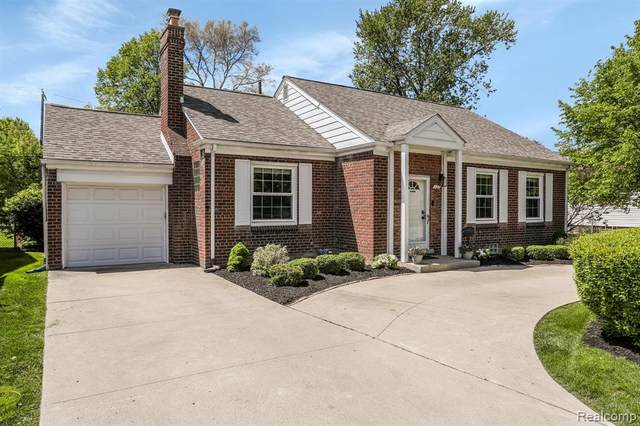 131 N Campbell Road, Royal Oak, MI 48067 (#2210033948) :: Keller Williams West Bloomfield