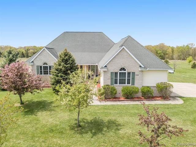 3320 Riverton Drive, Howell, MI 48855 (#2210034122) :: Real Estate For A CAUSE