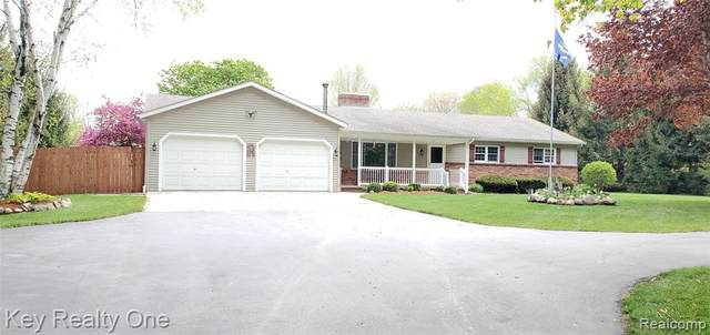 384 Pine River Road, Kimball Twp, MI 48074 (#2210034334) :: Real Estate For A CAUSE