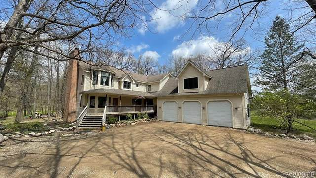 2150 Thorntree Lane, Oxford Twp, MI 48462 (#2210034364) :: Real Estate For A CAUSE