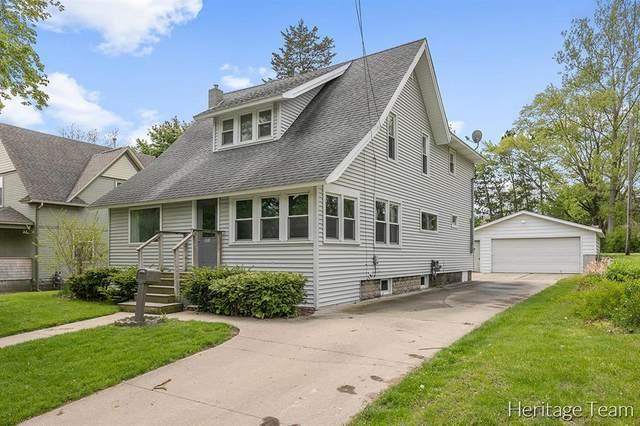 1014 N Michigan Avenue, Hastings, MI 49058 (#65021016600) :: The Alex Nugent Team | Real Estate One