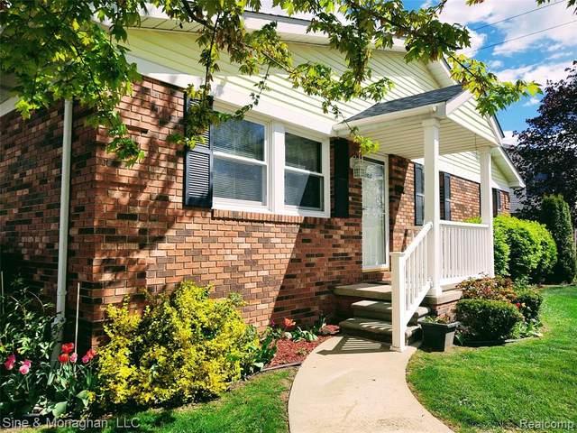 868 Jordan Creek Drive, ST. CLAIR, MI 48079 (#2210034466) :: Real Estate For A CAUSE