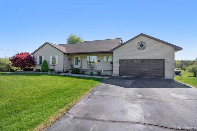 11287 Hearthside Drive, Putnam Twp, MI 48169 (#2210034533) :: The Mulvihill Group