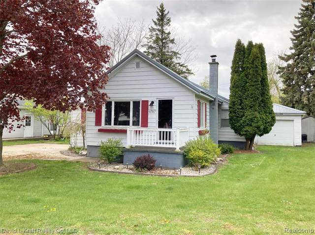 6767 West Street, Caseville, MI 48725 (#2210034580) :: Real Estate For A CAUSE