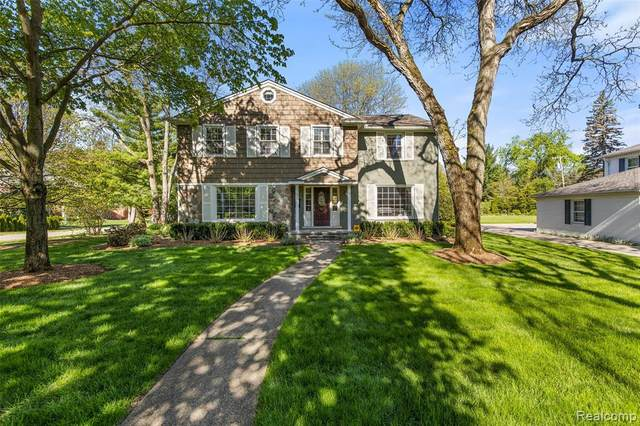 315 Hupp Cross Road, Bloomfield Twp, MI 48301 (#2210034611) :: Real Estate For A CAUSE