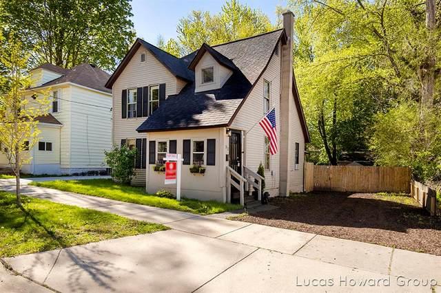 312 Spencer Street NE, Grand Rapids, MI 49505 (#65021016725) :: RE/MAX Nexus