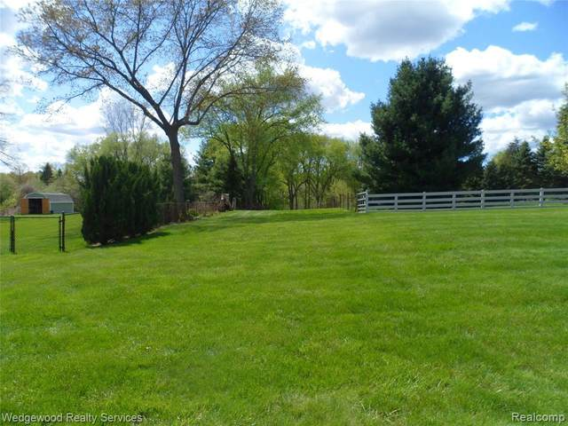 VL Joslyn Road, Orion Twp, MI 48362 (#2210034658) :: Real Estate For A CAUSE