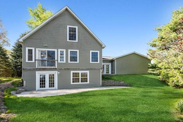 41862 E Bayshore Drive, Paw Paw Twp, MI 49079 (#69021016870) :: Real Estate For A CAUSE