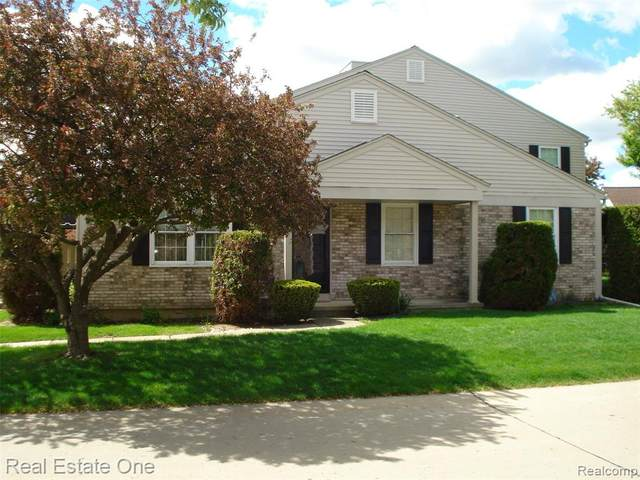 15816 N Franklin Drive, Clinton Twp, MI 48038 (#2210034863) :: Real Estate For A CAUSE