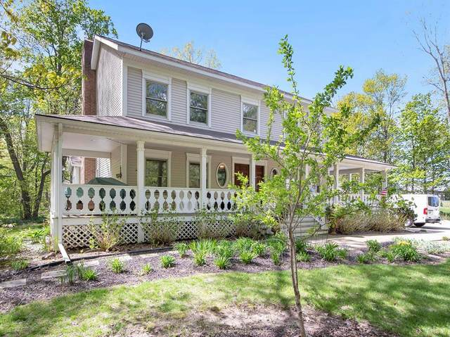 6860 New Holland Street, Zeeland Twp, MI 49464 (#65021016883) :: Real Estate For A CAUSE