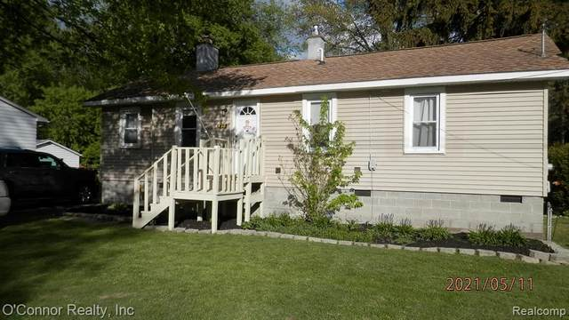 530 State Street, Algonac, MI 48001 (#2210034891) :: Real Estate For A CAUSE