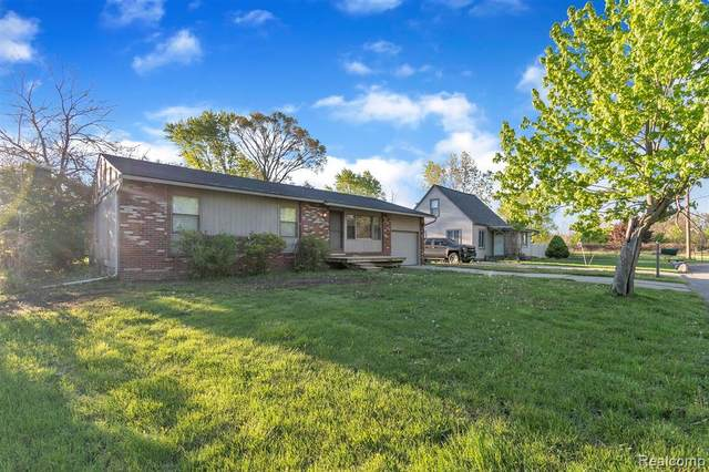 7734 Liberty Boulevard, Westland, MI 48185 (#2210034965) :: Real Estate For A CAUSE
