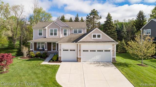 8336 Colony Ridge, White Lake Twp, MI 48386 (#2210035060) :: Real Estate For A CAUSE
