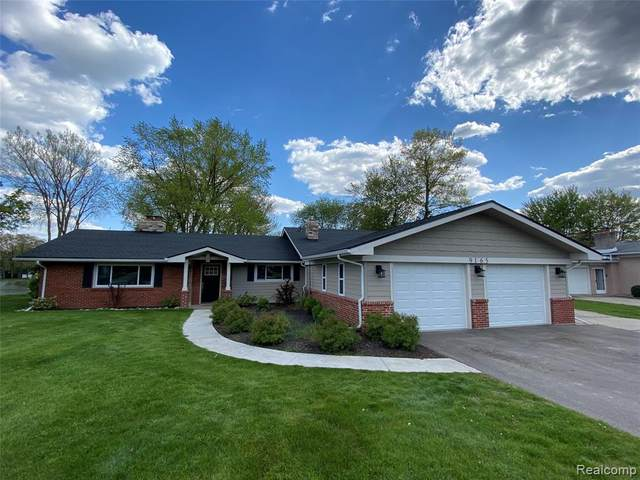 9165 Steephollow Drive, White Lake Twp, MI 48386 (#2210035345) :: Real Estate For A CAUSE