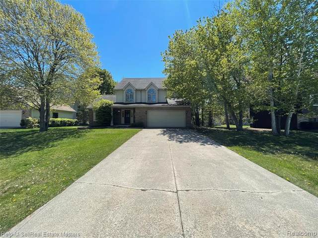 4061 Buckley Drive W, Fort Gratiot Twp, MI 48059 (#2210035357) :: Real Estate For A CAUSE