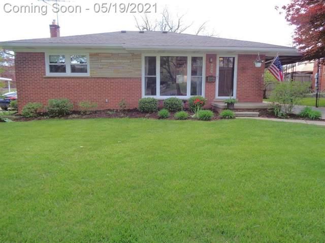 224 Pleasant Ridge Drive, Saline, MI 48176 (#543280918) :: BestMichiganHouses.com