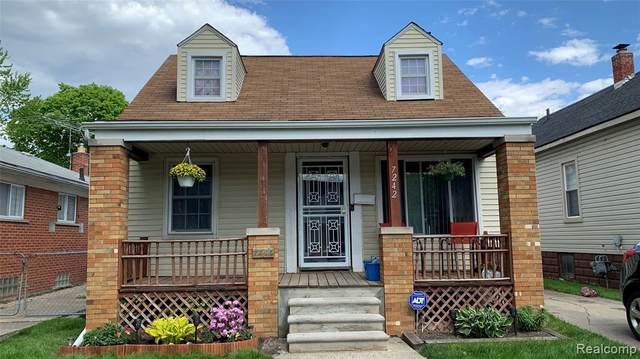 7242 Stahelin Avenue, Detroit, MI 48228 (#2210035681) :: The BK Agency