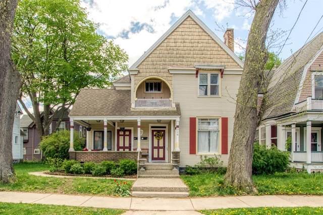 714 Cherry Street SE, Grand Rapids, MI 49503 (#65021017438) :: The BK Agency