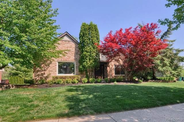 23325 Mystic Forest Drive, Novi, MI 48375 (#2210035939) :: Duneske Real Estate Advisors