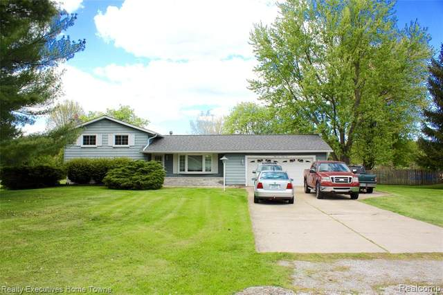 5432 Ponderosa Drive, Clyde Twp, MI 48049 (#2210035942) :: The Mulvihill Group