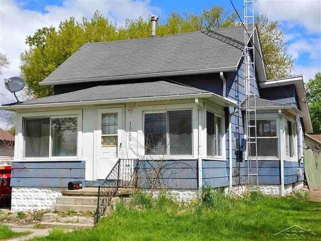1920 Maine, Saginaw, MI 48602 (#61050042004) :: The Mulvihill Group