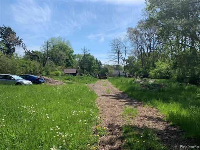 593 N Harris Road, Ypsilanti Twp, MI 48198 (#2210036153) :: Real Estate For A CAUSE