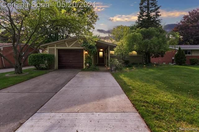 22061 Tredwell Avenue, Farmington Hills, MI 48336 (#2210036236) :: Real Estate For A CAUSE
