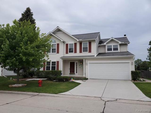 24279 Scarlet Court, Novi, MI 48374 (#2210036591) :: Duneske Real Estate Advisors