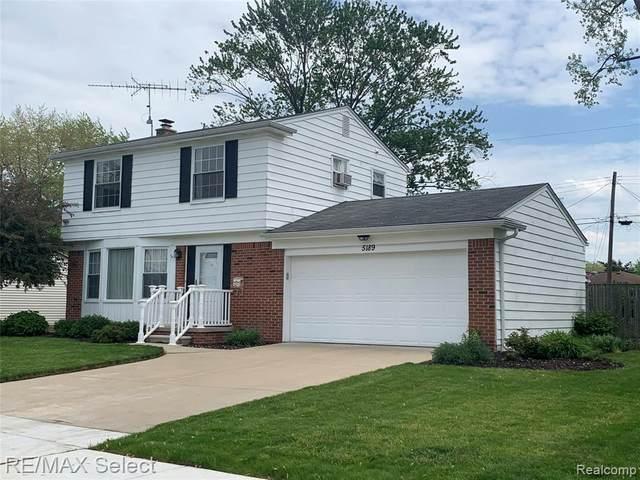 5189 Oakview Drive, Swartz Creek, MI 48473 (#2210037046) :: Real Estate For A CAUSE