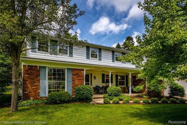 22853 Gilbar Street, Novi, MI 48375 (#2210037286) :: Duneske Real Estate Advisors