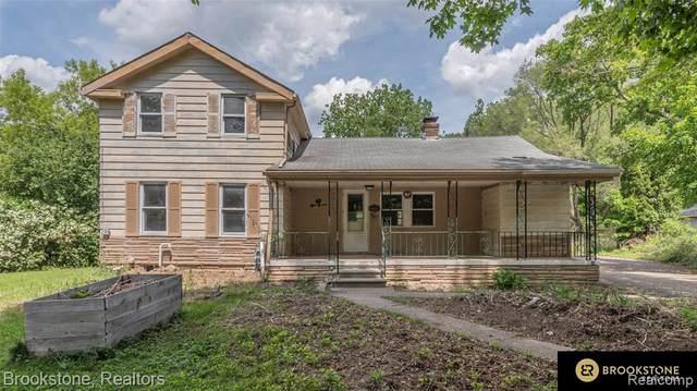 51010 Old Michigan Avenue, Van Buren Twp, MI 48111 (#2210037656) :: Real Estate For A CAUSE