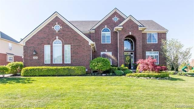 54295 Birchwood Drive, Lyon Twp, MI 48178 (#2210037874) :: Duneske Real Estate Advisors