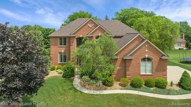 22156 Chase Drive, Novi, MI 48375 (#2210038762) :: Duneske Real Estate Advisors