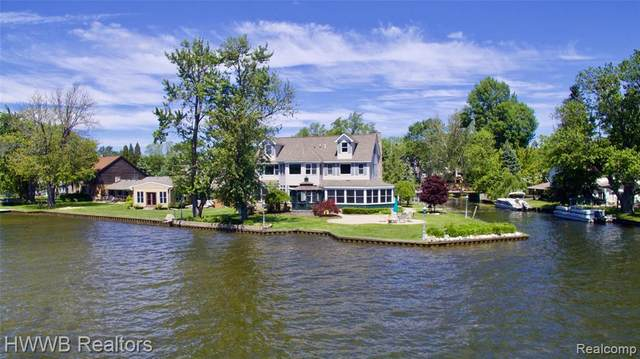 4659 Linwood Street, West Bloomfield Twp, MI 48324 (#2210039344) :: GK Real Estate Team