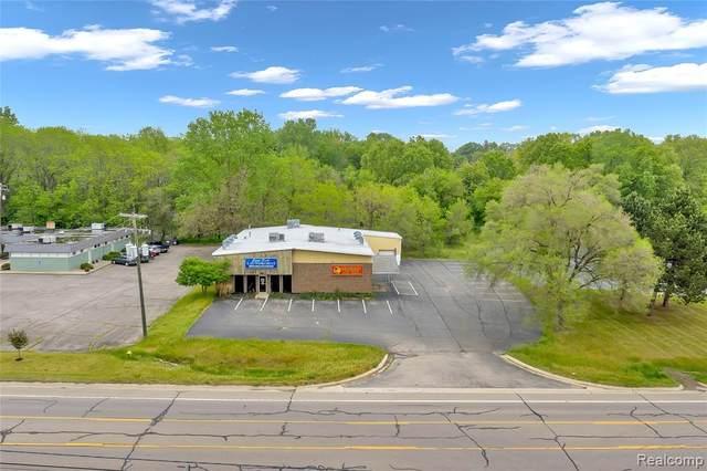 916 E Lincoln Avenue, Ionia, MI 48846 (#2210039525) :: Real Estate For A CAUSE