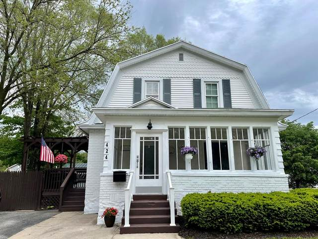 424 S Hart Street, Hart, MI 49420 (#67021019592) :: Real Estate For A CAUSE