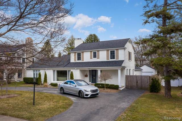 1192 Lake Park Drive, Birmingham, MI 48009 (#2210040817) :: Real Estate For A CAUSE
