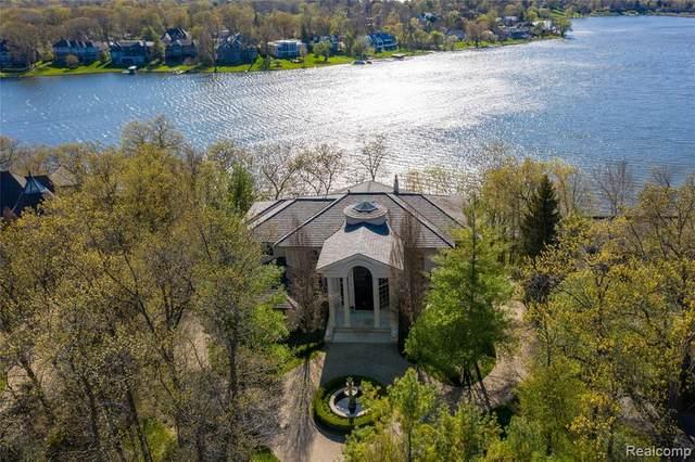 1753 Heron Ridge Drive, Bloomfield Twp, MI 48302 (#2210040953) :: Duneske Real Estate Advisors