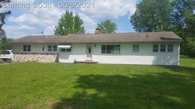 8433 Linden Rd, Mundy Twp, MI 48473 (#5050043579) :: Duneske Real Estate Advisors