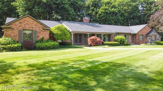 1825 Tiverton Road, Bloomfield Hills, MI 48304 (#2210041360) :: Real Estate For A CAUSE