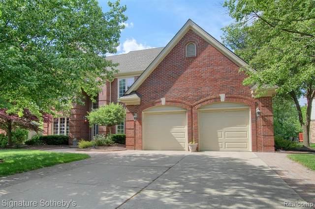23315 Mystic Forest Drive, Novi, MI 48375 (#2210041477) :: Duneske Real Estate Advisors